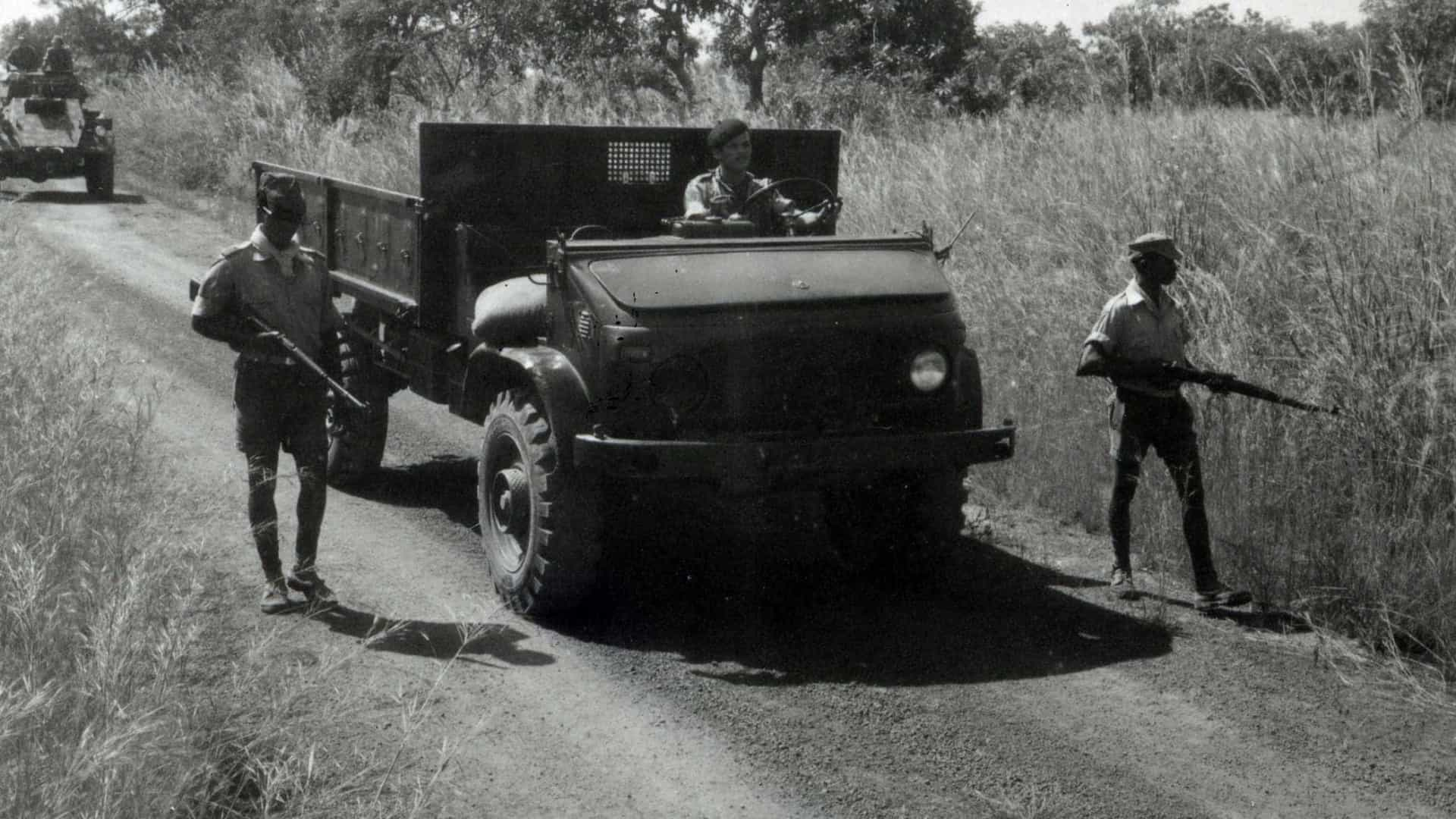 Corpo de paraquedista que morreu em 1963 chega a Portugal na quarta-feira