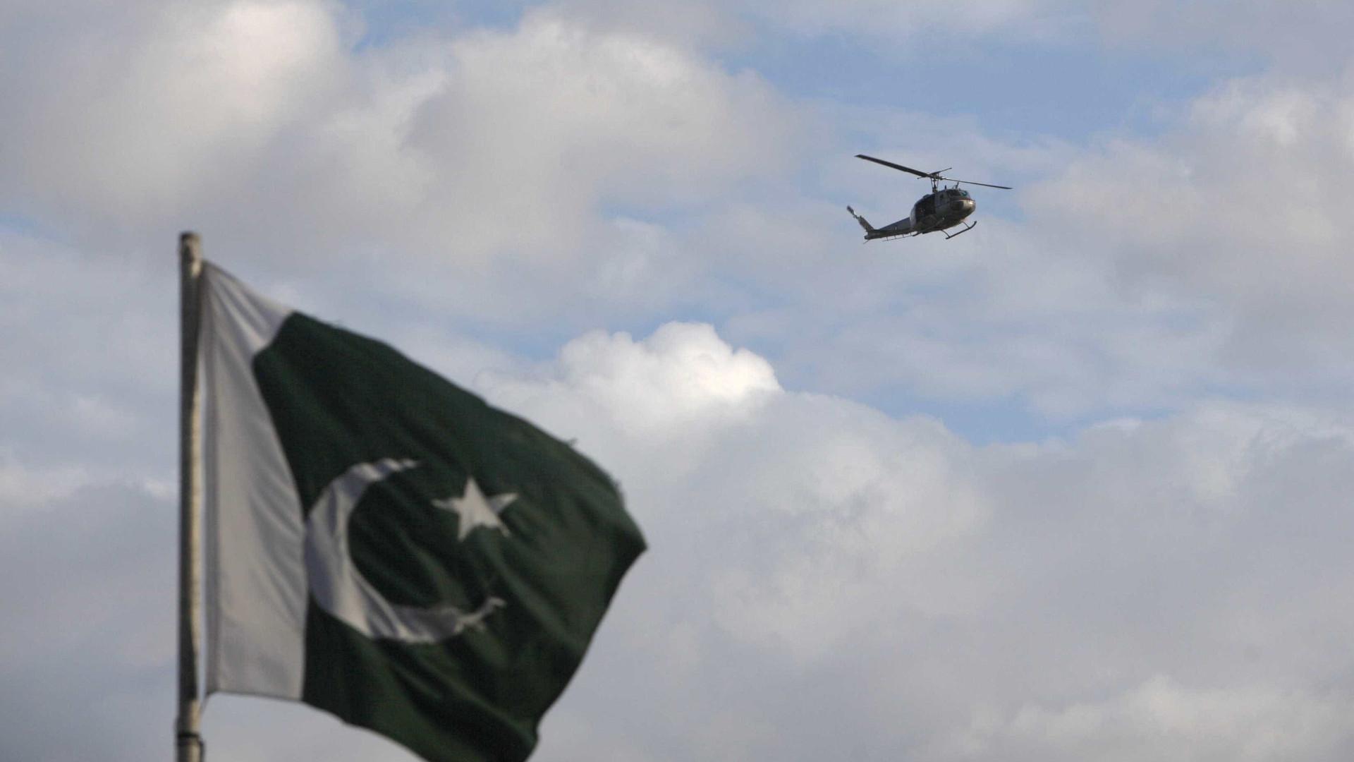 Acidente perto de ilha paquistanesa provocou pelo menos 13 mortos