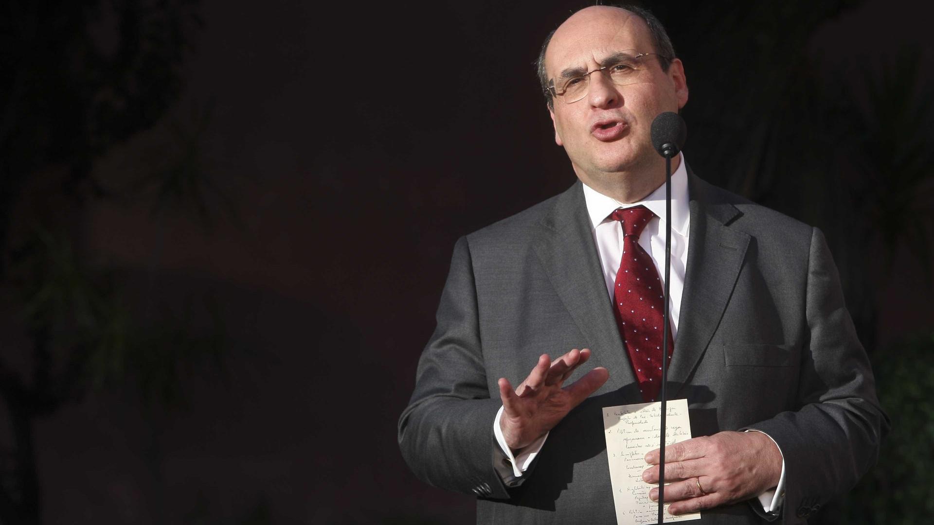 """""""Despesa global"""" na saúde """"vai continuamente aumentar"""", diz Vitorino"""