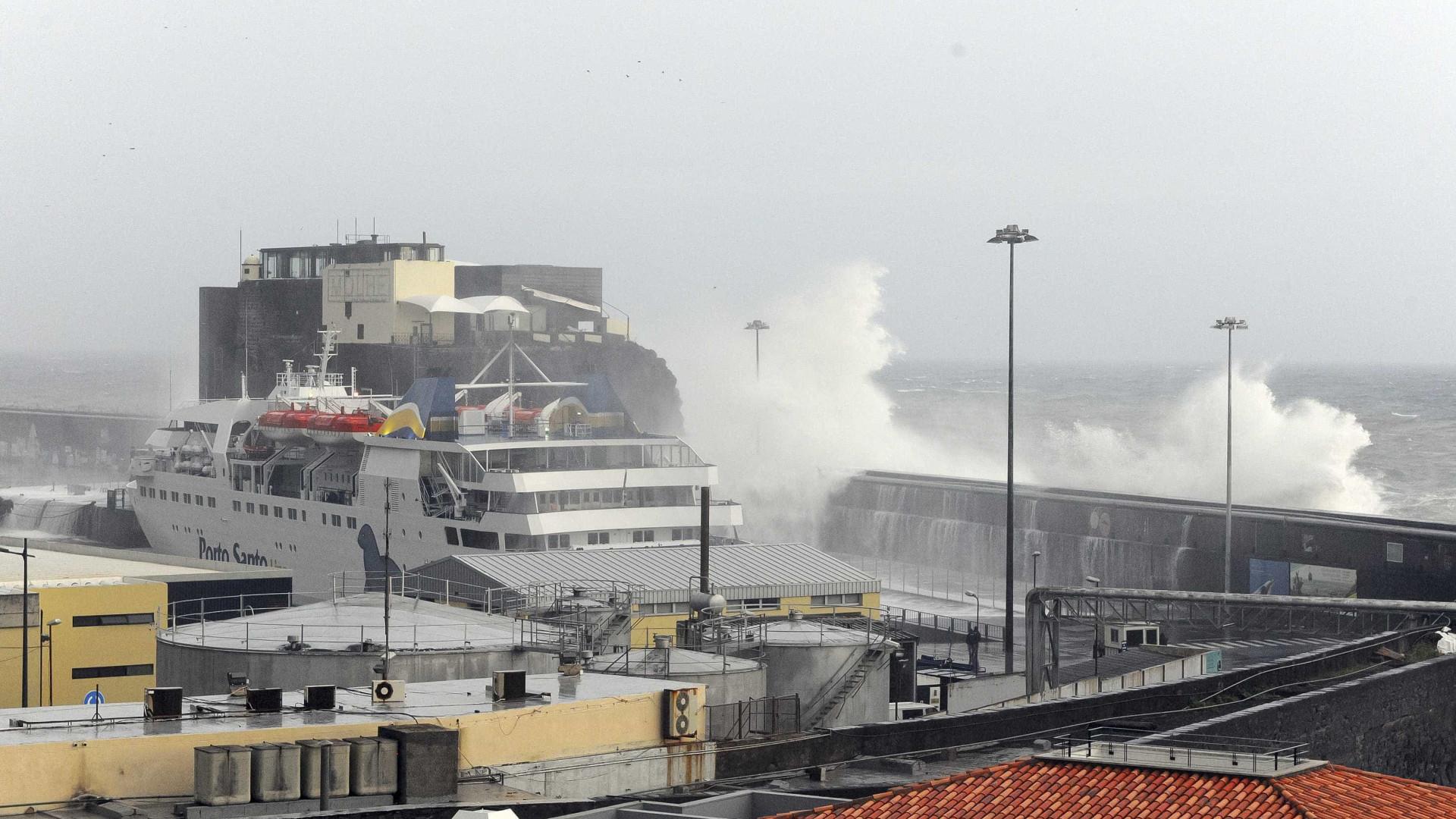 Madeira: Autoridades recomendam que embarcações permaneçam nos portos