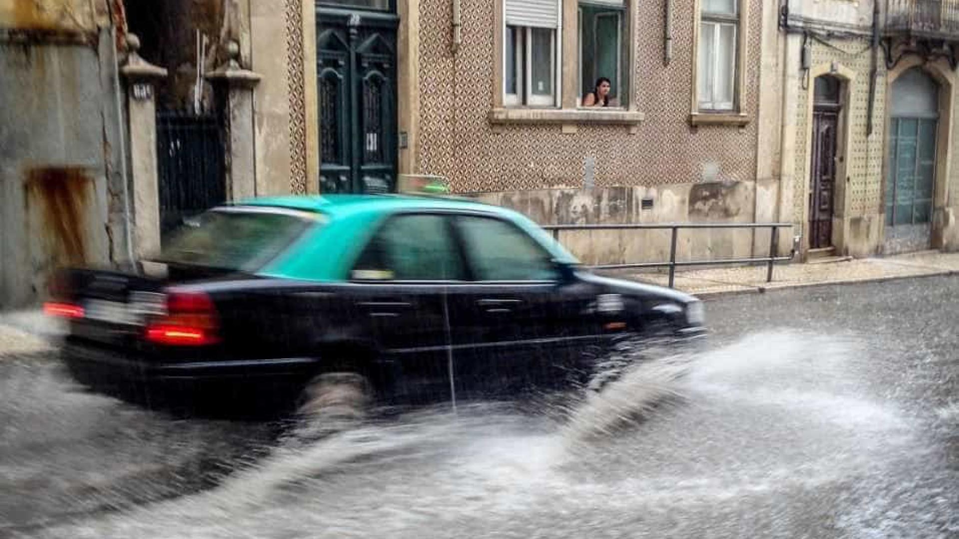 Proteção Civil já regista inundações em Lisboa