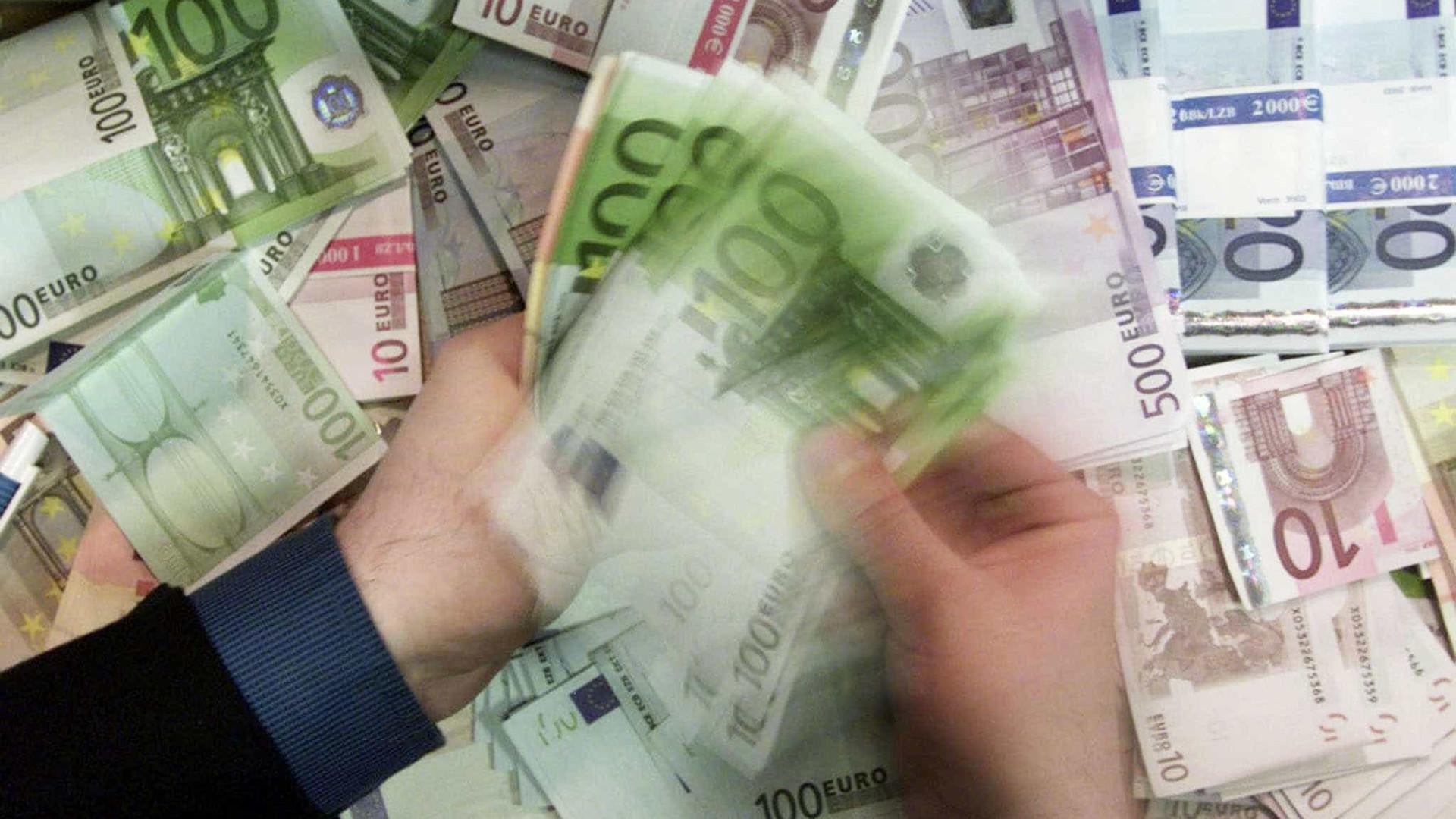 Só no último ano, o país viu 'nascer' 10 mil milionários