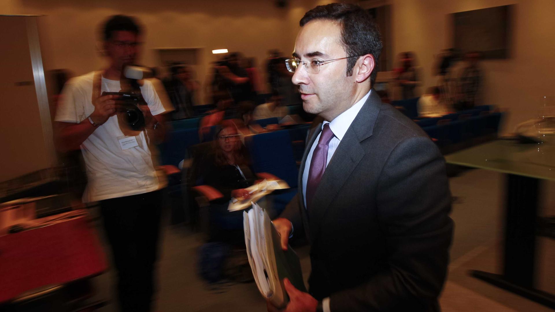 Posição de Portugal em Cimeira é questão de princípio, não radical