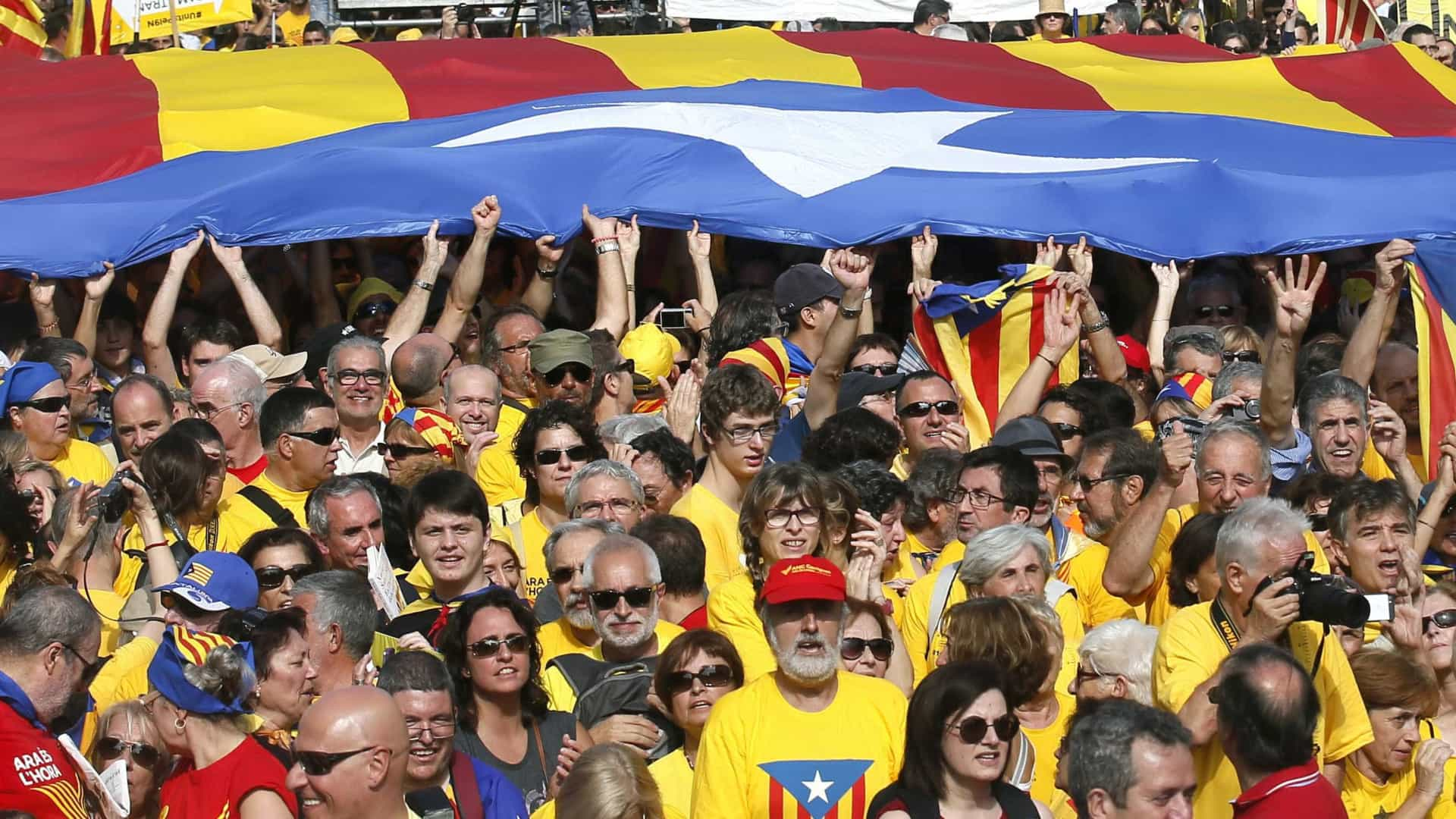 """""""Condições antidemocráticas da convocatória"""" do referendo criticadas"""