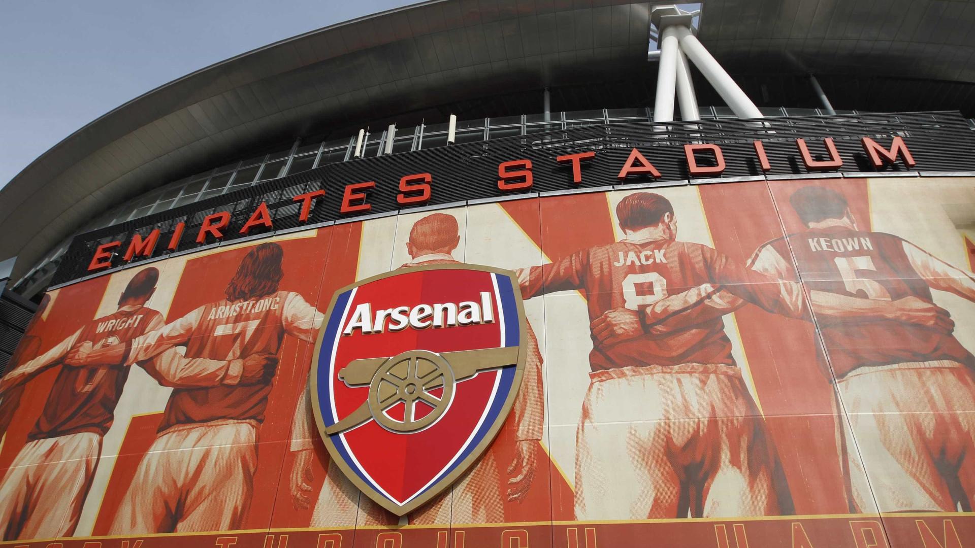 6565effd11b Arsenal e Adidas vão assinar contrato de mais de 300 milhões de euros