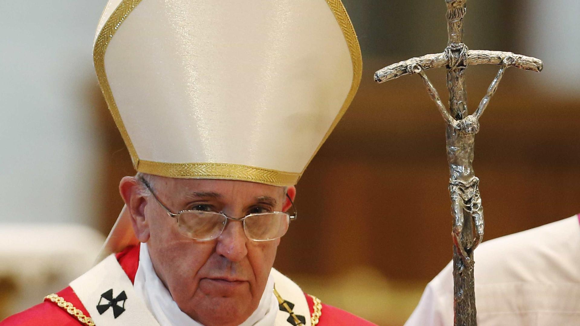 Trinta anos, três visitas papais a Fátima. Esta é a vez de Francisco