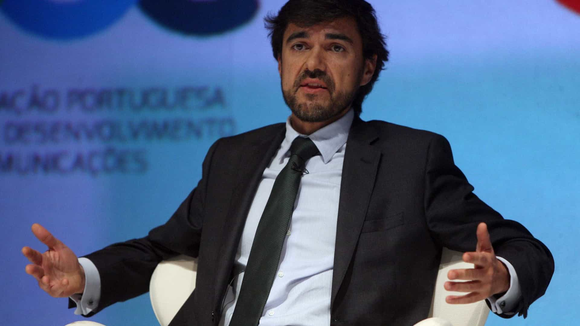 Anacom volta a multar NOS em quase 350 mil euros