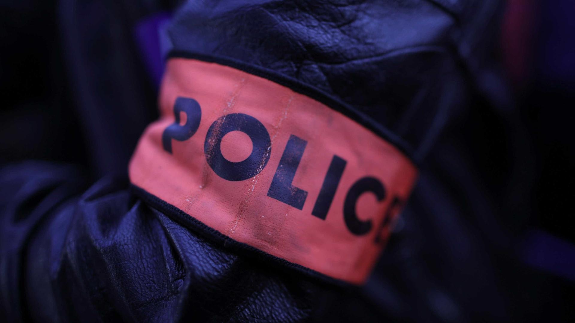 Polícias detidos em caso de agressões do chefe de segurança de Macron