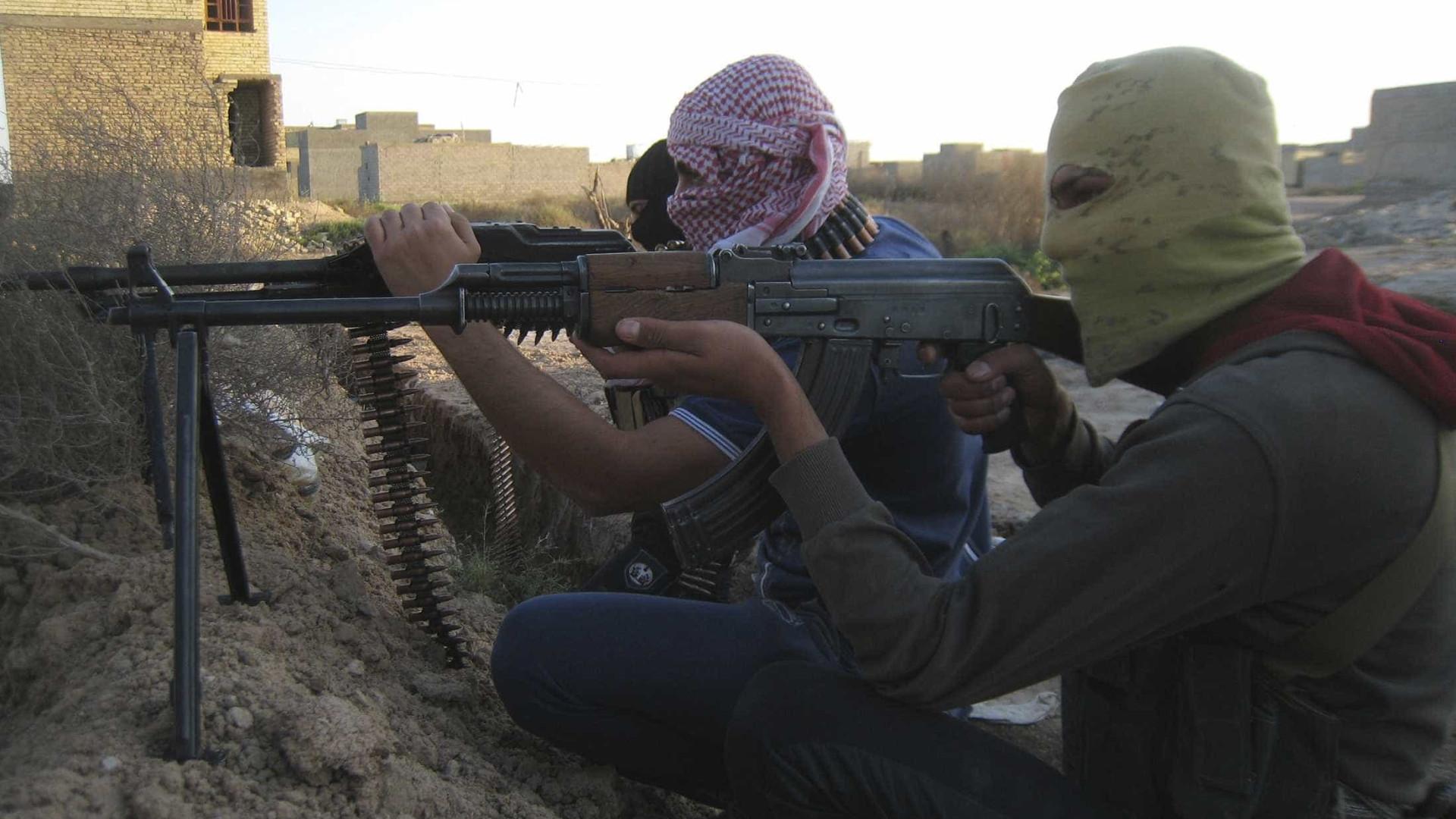Líder da Al-Qaida exorta muçulmanos a combateram EUA em todo o mundo
