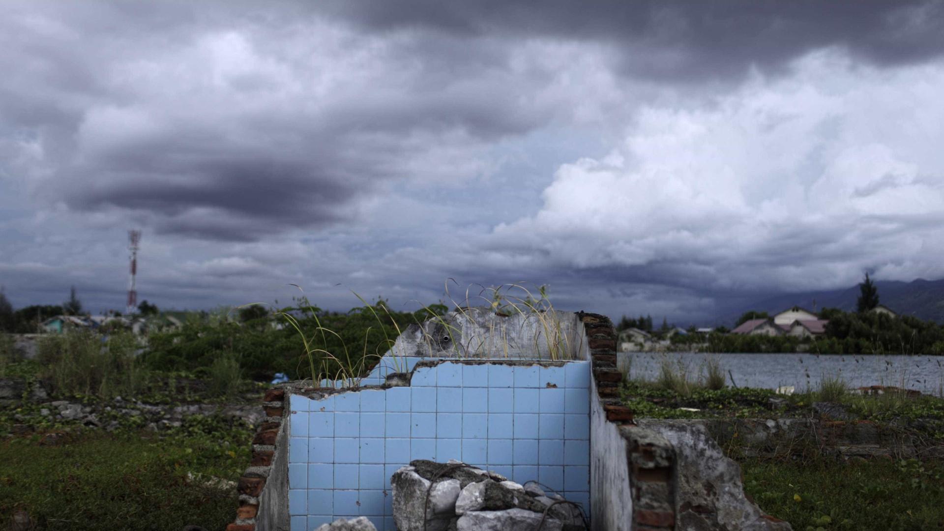 Paz conquistada após tsunami pode estar em risco
