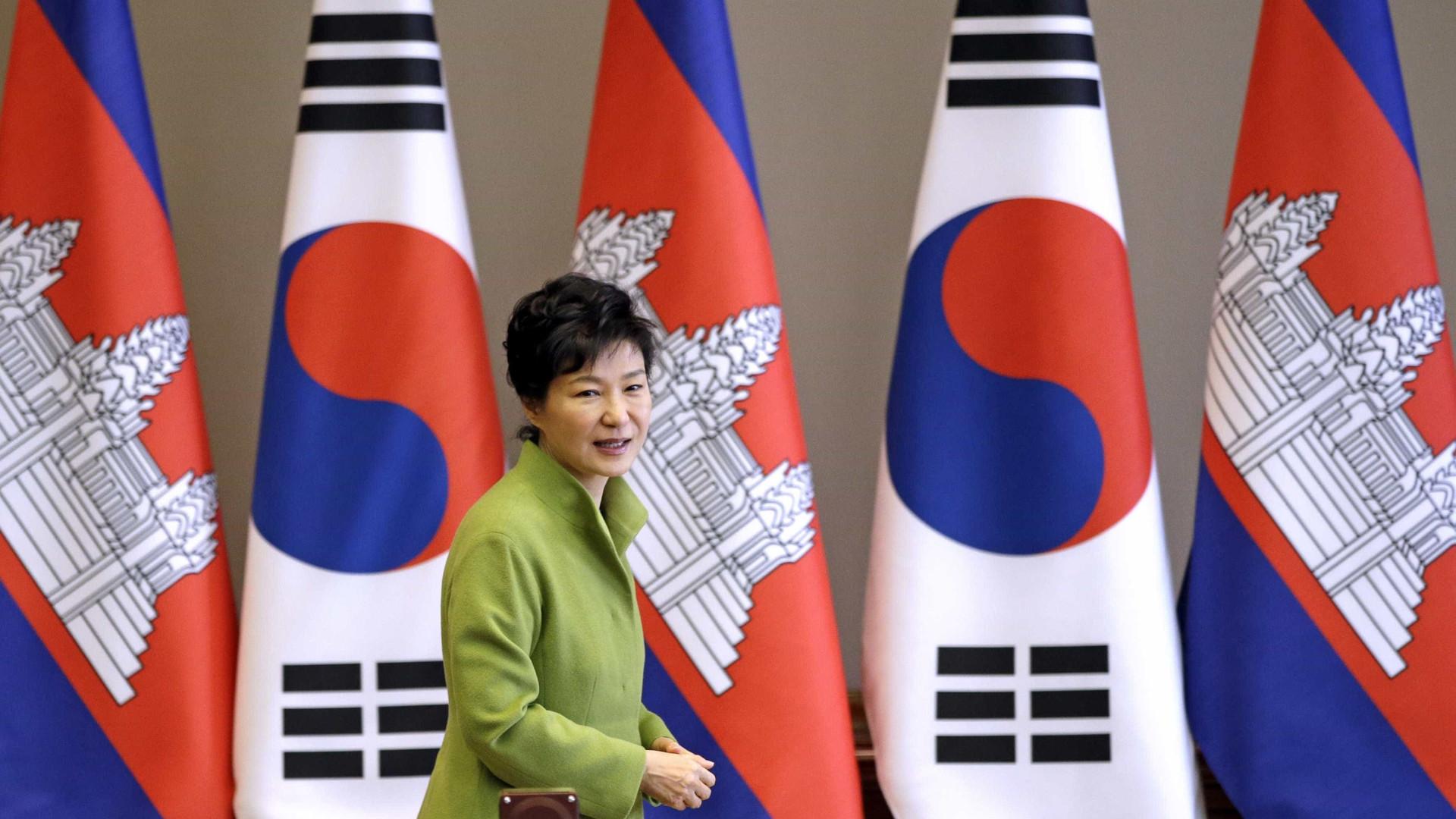 Governo da Coreia do Sul propõe saída da presidente em abril