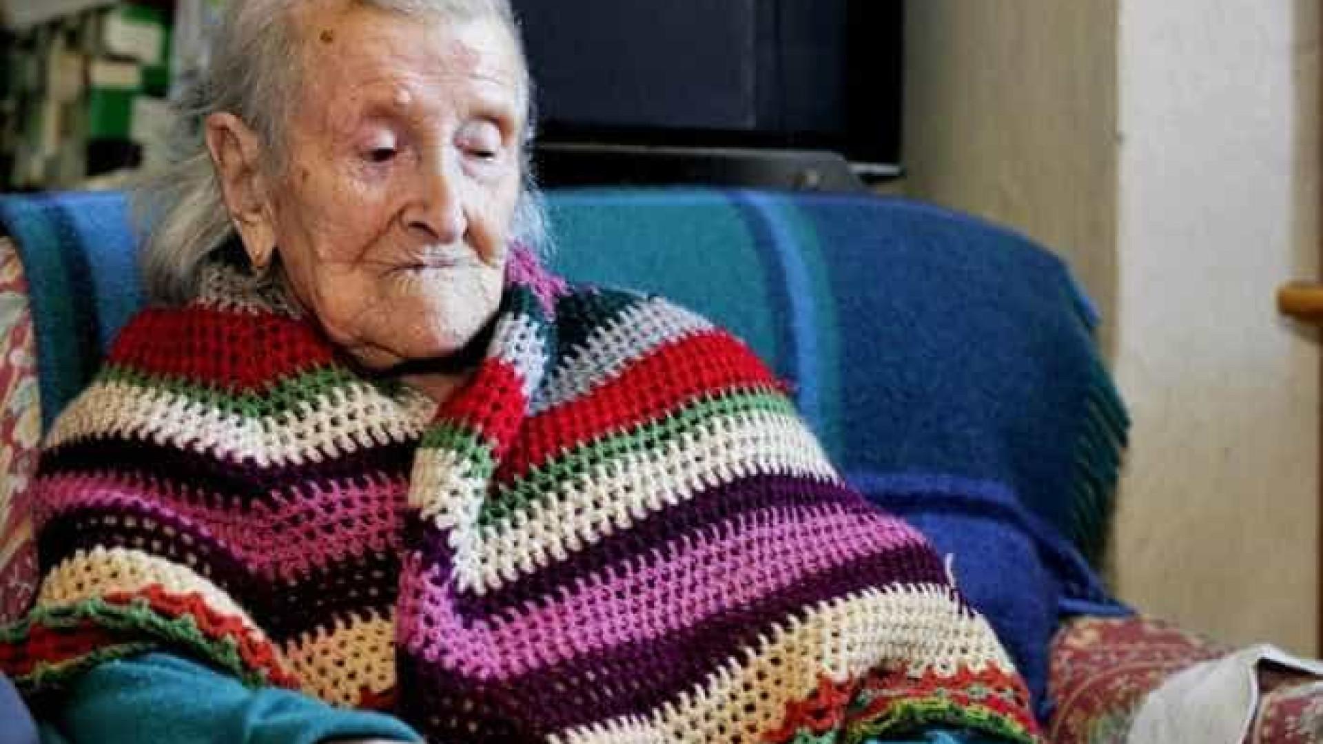Celebrou 117 anos a mulher mais velha do mundo. Viveu em três séculos