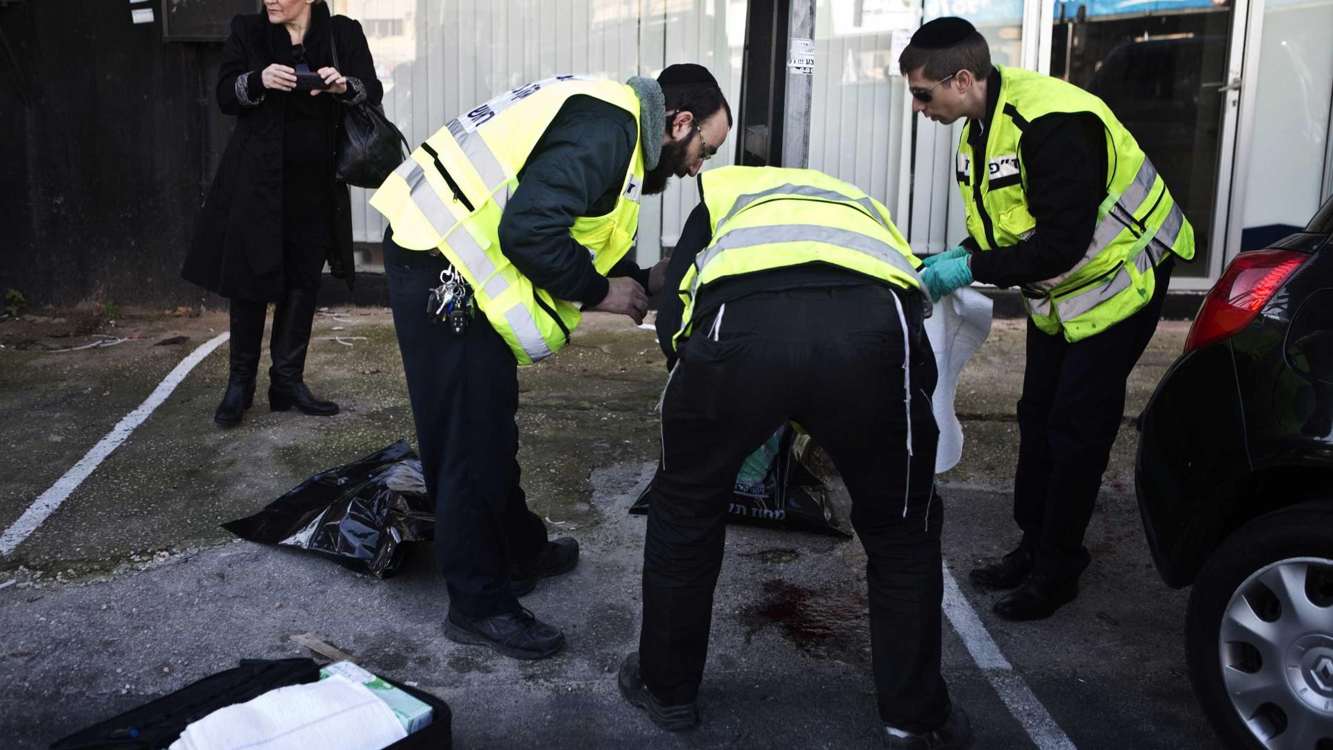 Israel lança ataque em Gaza, Hamas responde com morteiros