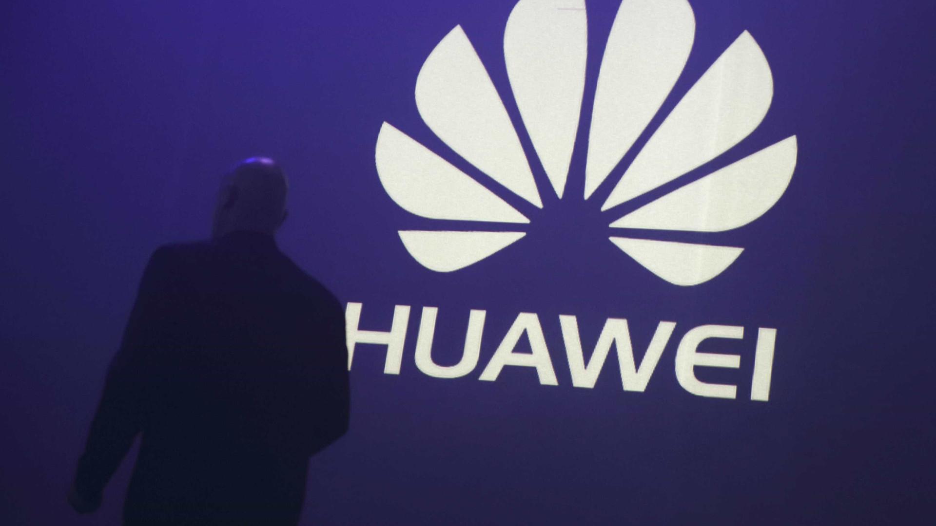 Voltou a ser avistada a face frontal do novo topo de gama da Huawei