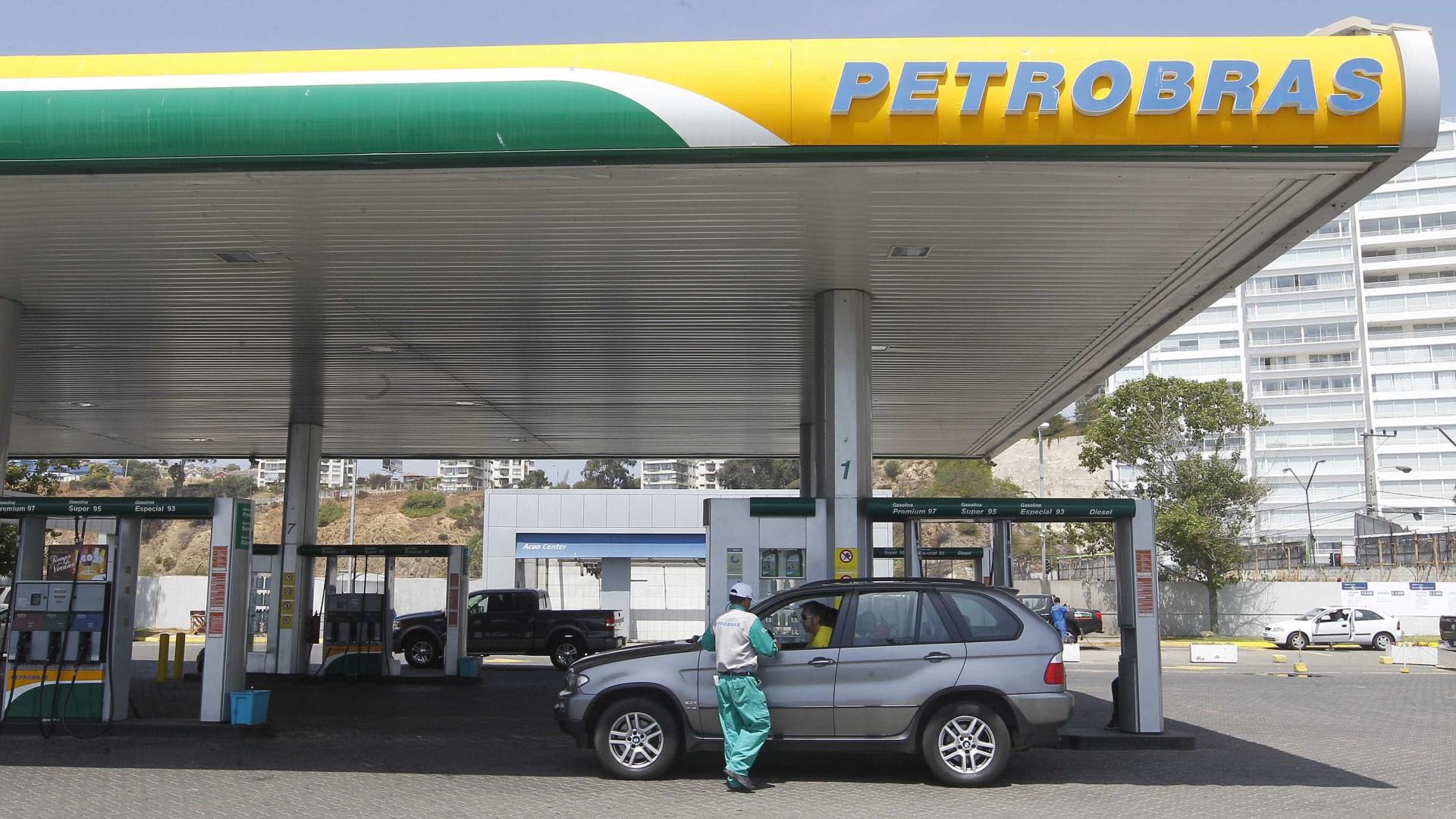 Explosão em sonda na Bacia de Campos deixa 4 feridos, diz Petrobras