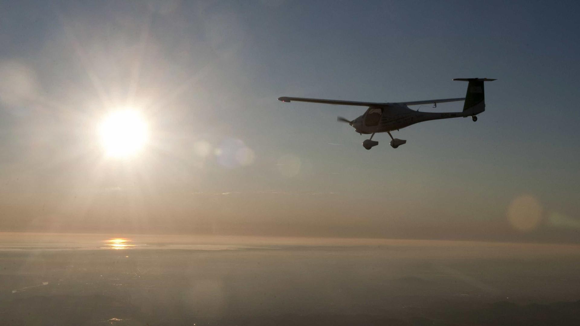 Ultraleve de matrícula alemã aterra em pista não certificada em Palmela