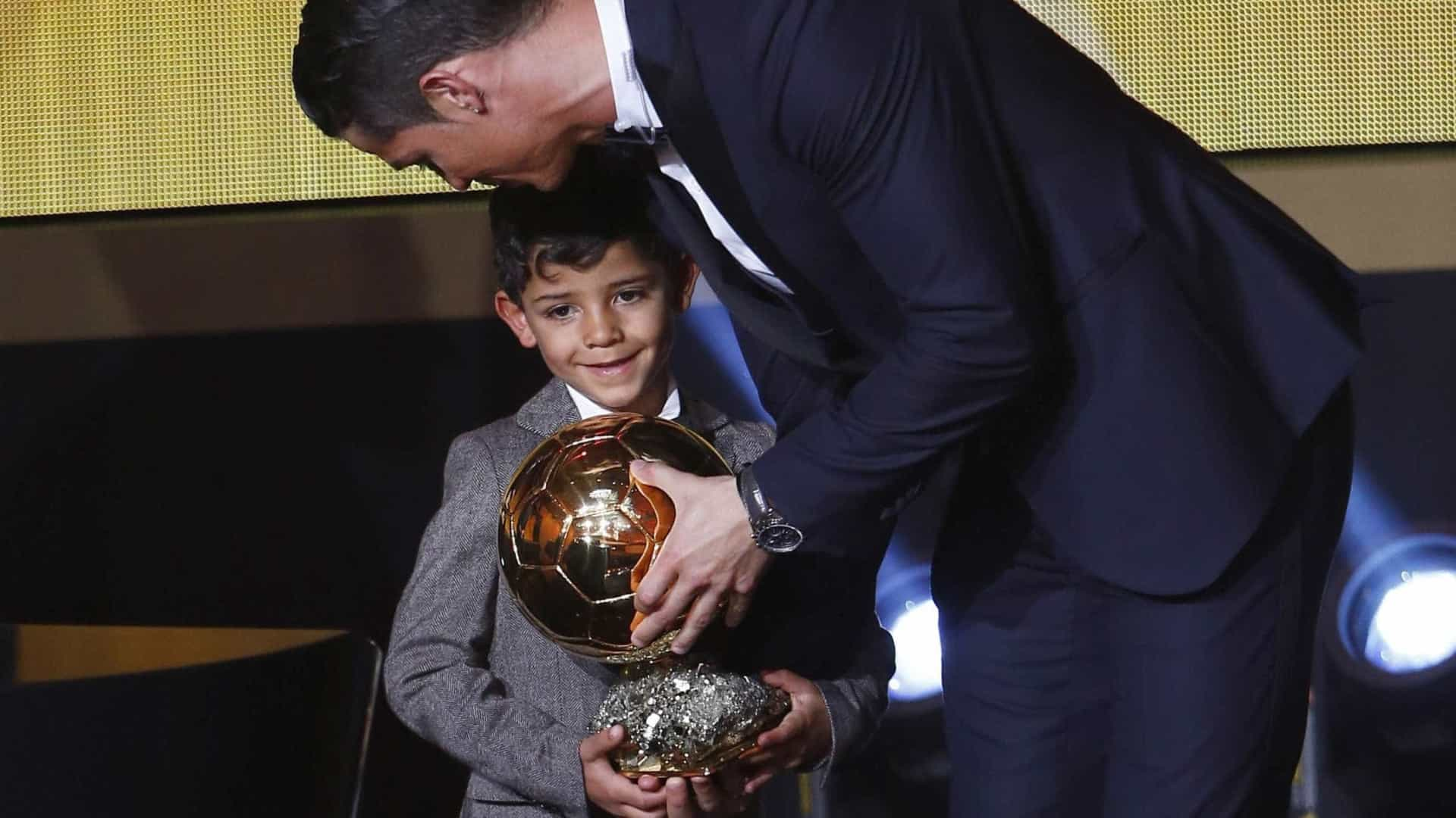 Cristiano Ronaldo protege o filho da exposição mediática