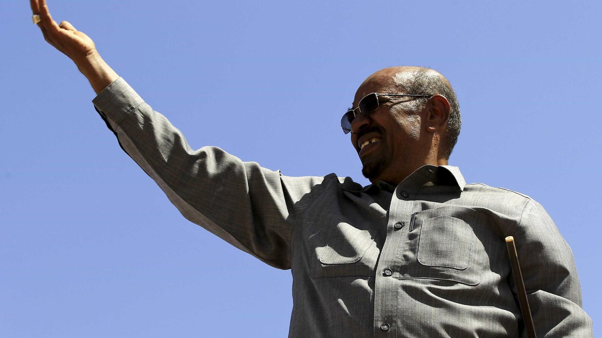 Presidente do Sudão nomeado pelo partido como candidato às presidenciais