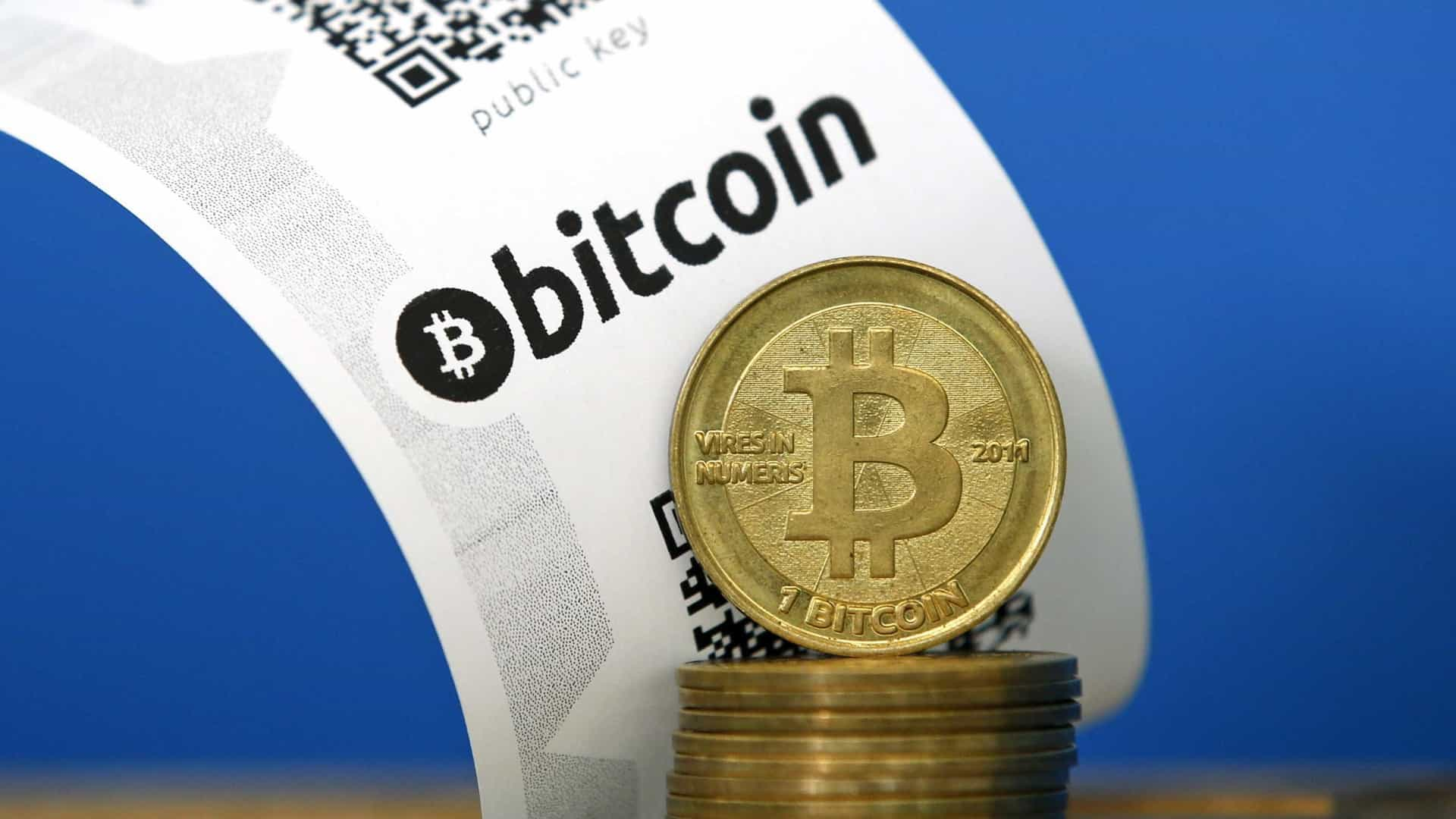 Preço da Bitcoin perto dos 15 mil dólares