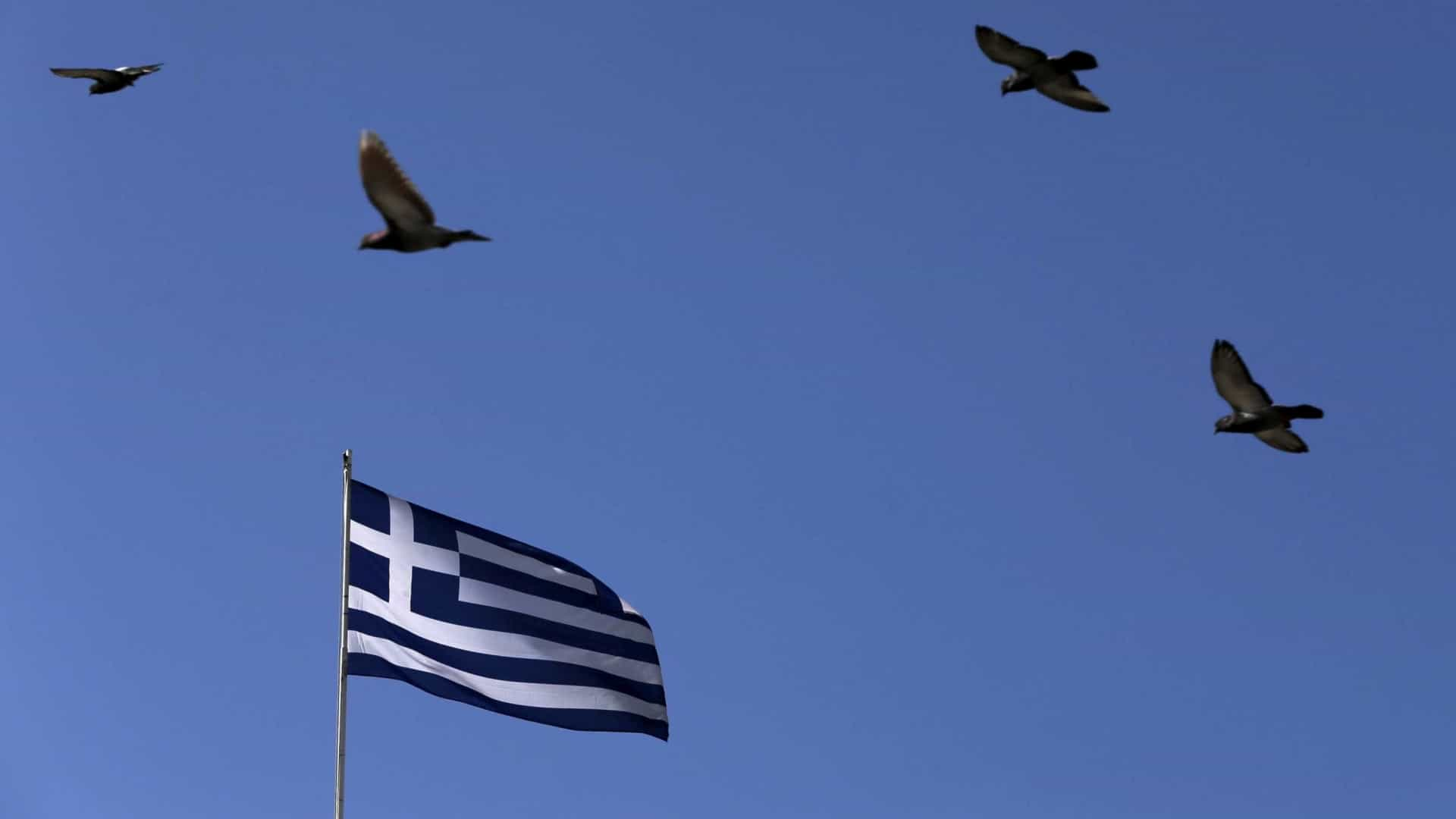 UE: PIB na Grécia deve chegar aos 1,9% em 2018 e 2,3% em 2019