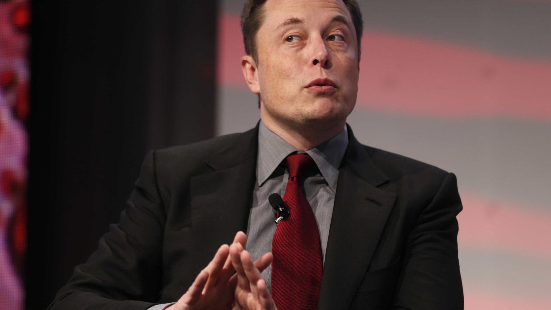Elon Musk só recebe salário na Tesla se forem atingidos certos objetivos