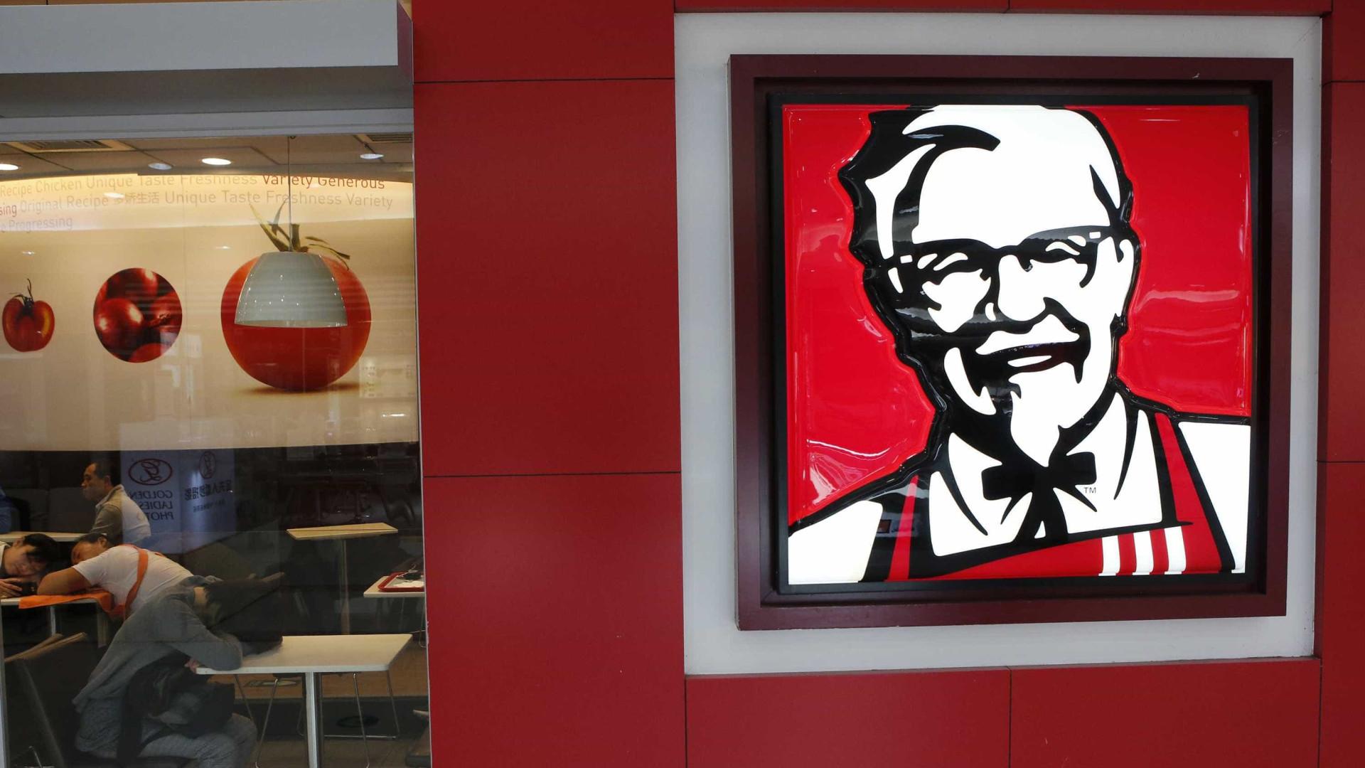 Rapaz sem-abrigo morre esmagado por carrinho cheio de frango do KFC