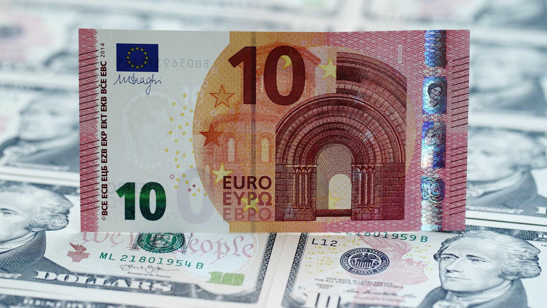 Euro desce pela segunda sessão consecutiva