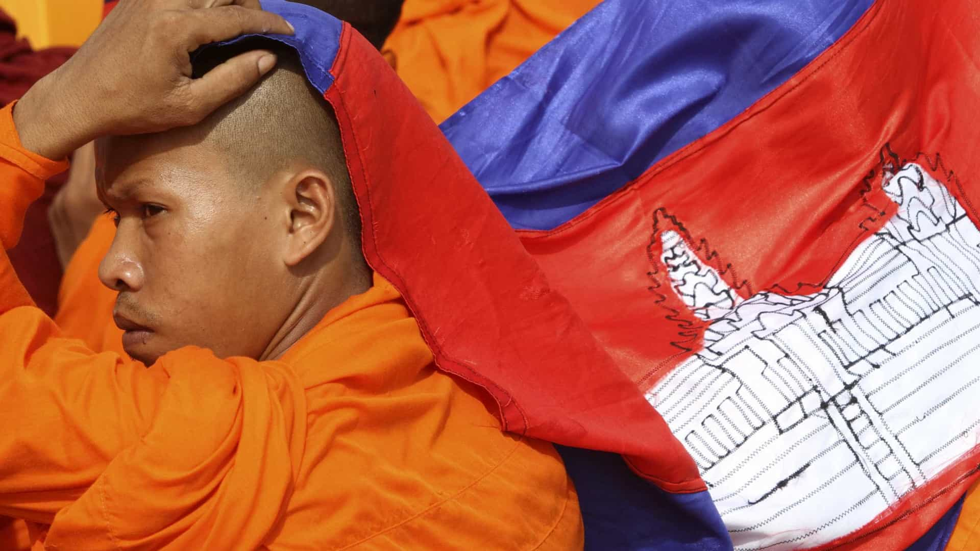 Deputados da ASEAN condenam perseguição à oposição do Camboja