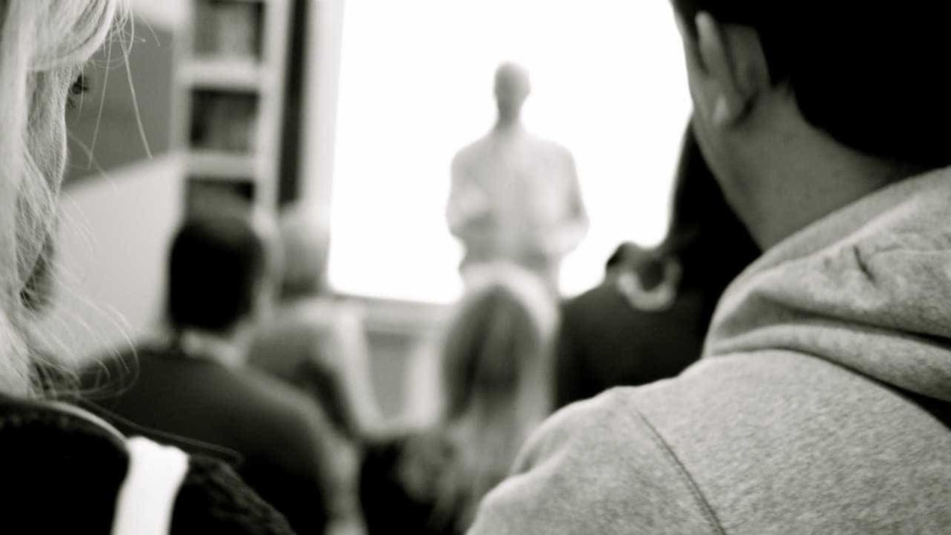 Psicólogos querem ajudar a prevenir indisciplina e violência escolar
