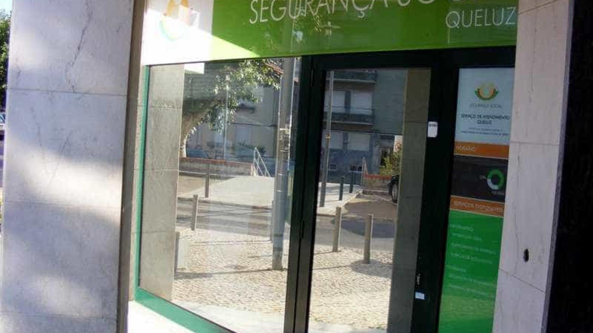 """Diretor da Segurança Social afirma que foi alvo de """"saneamento político"""""""