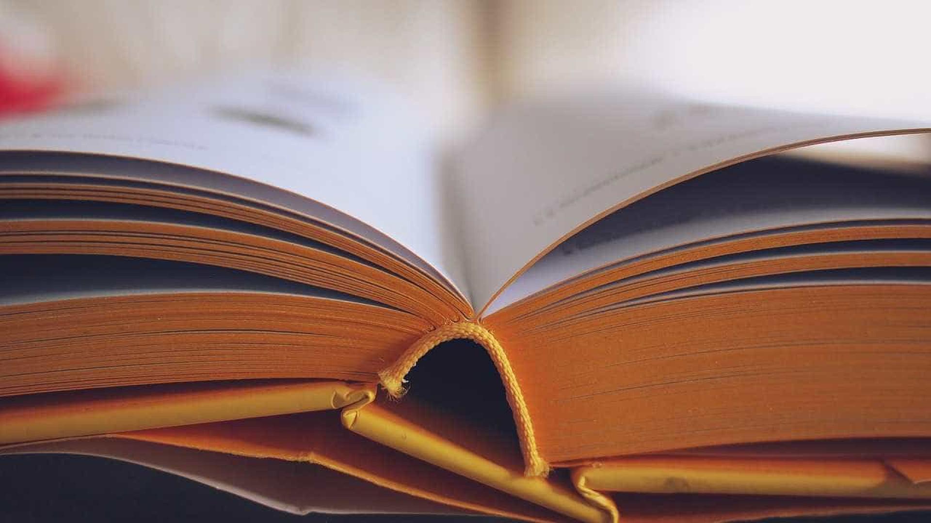 Editora dedicada aos autores da diáspora procura poetas para antologia