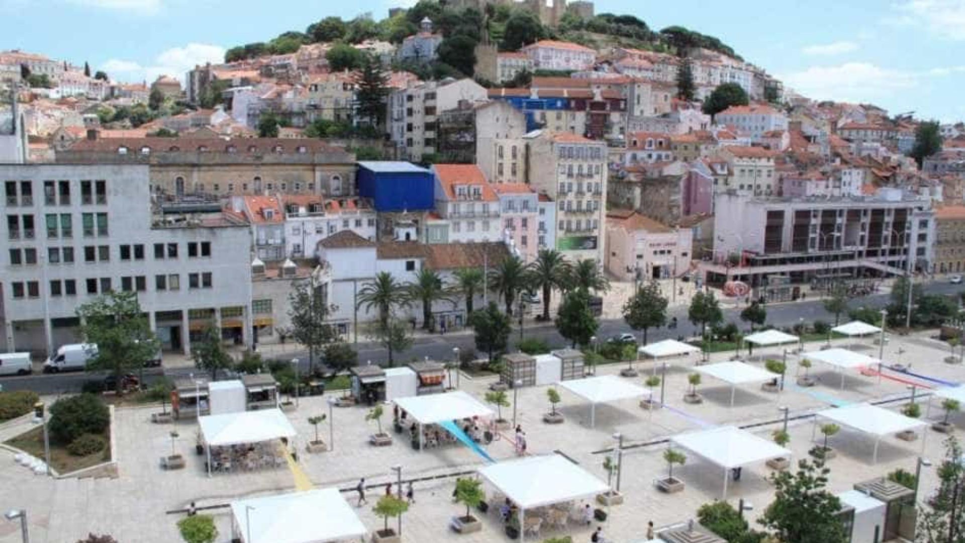 Câmara estuda Martim Moniz como centro para transportes turísticos