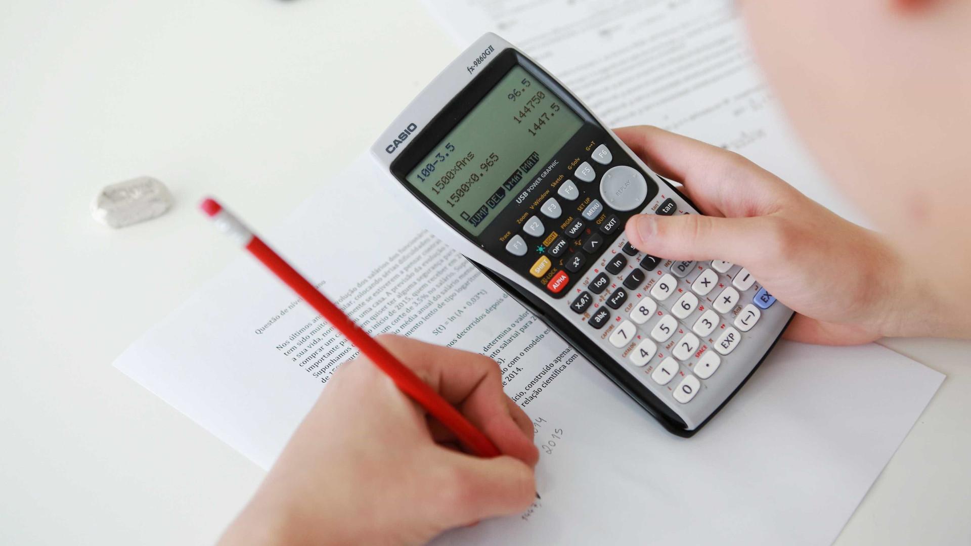 """Regras dos novos exames não obrigam a """"comprar segunda calculadora"""""""
