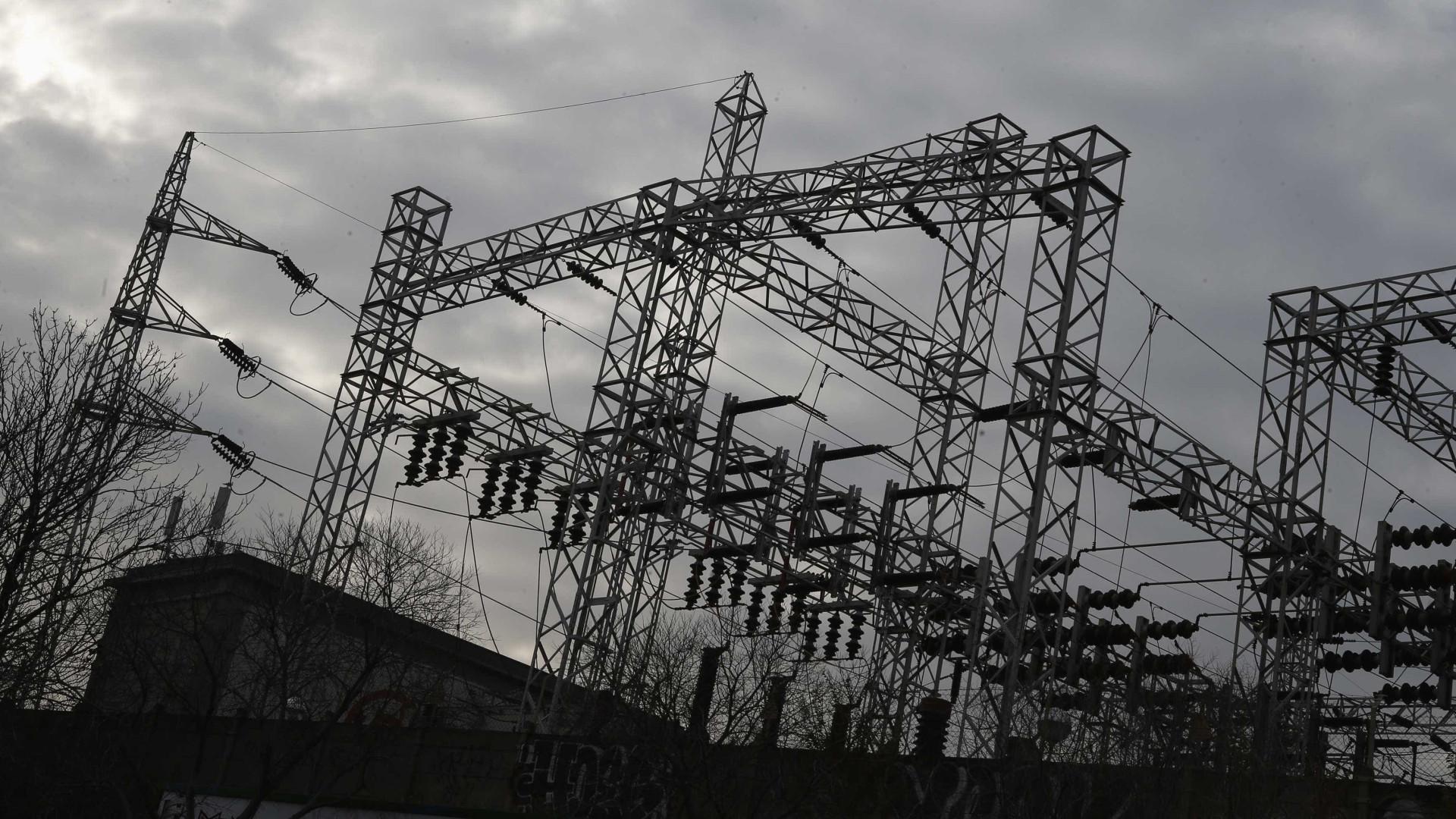 Endesa critica suspensão da garantia de potência a partir de janeiro