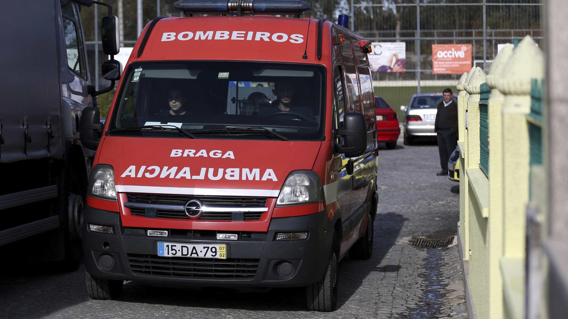 Homem morre engasgado a comer croissant em café de Braga