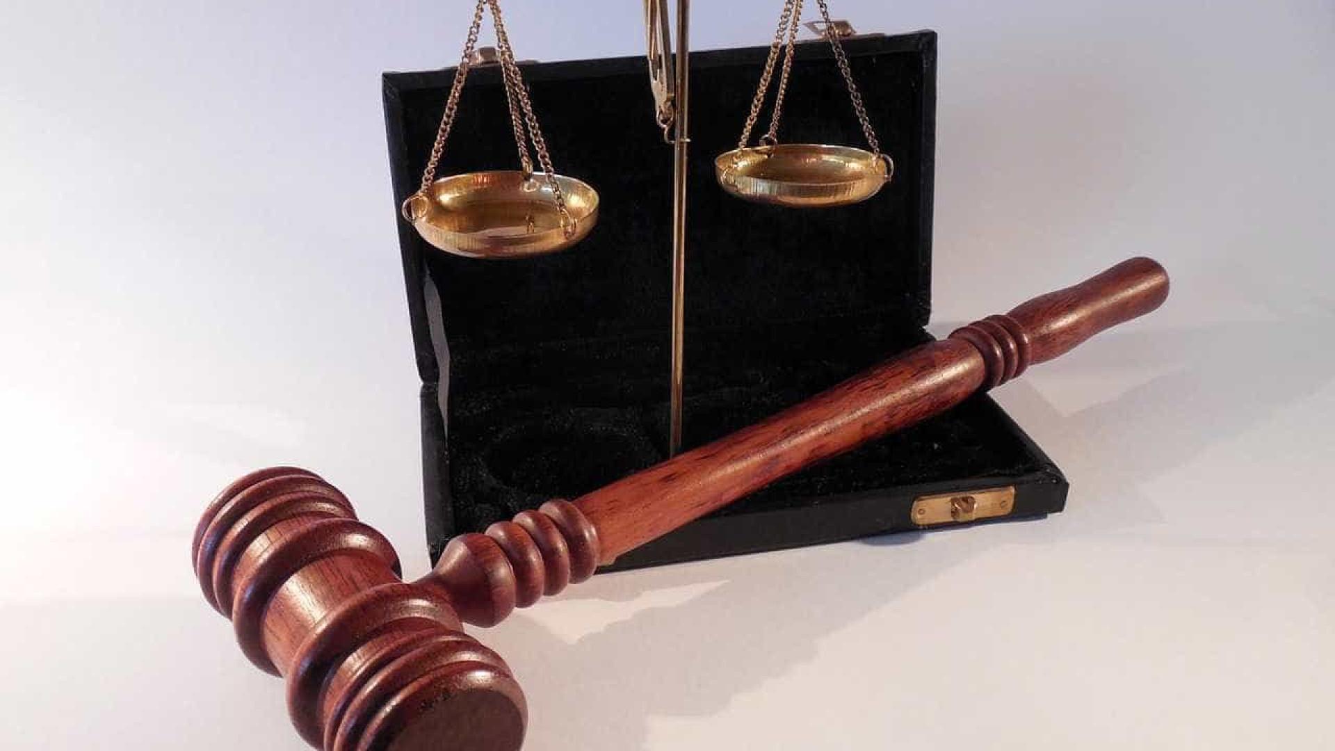 Juiz que disse a vítima de violação para fechar pernas pode ser despedido