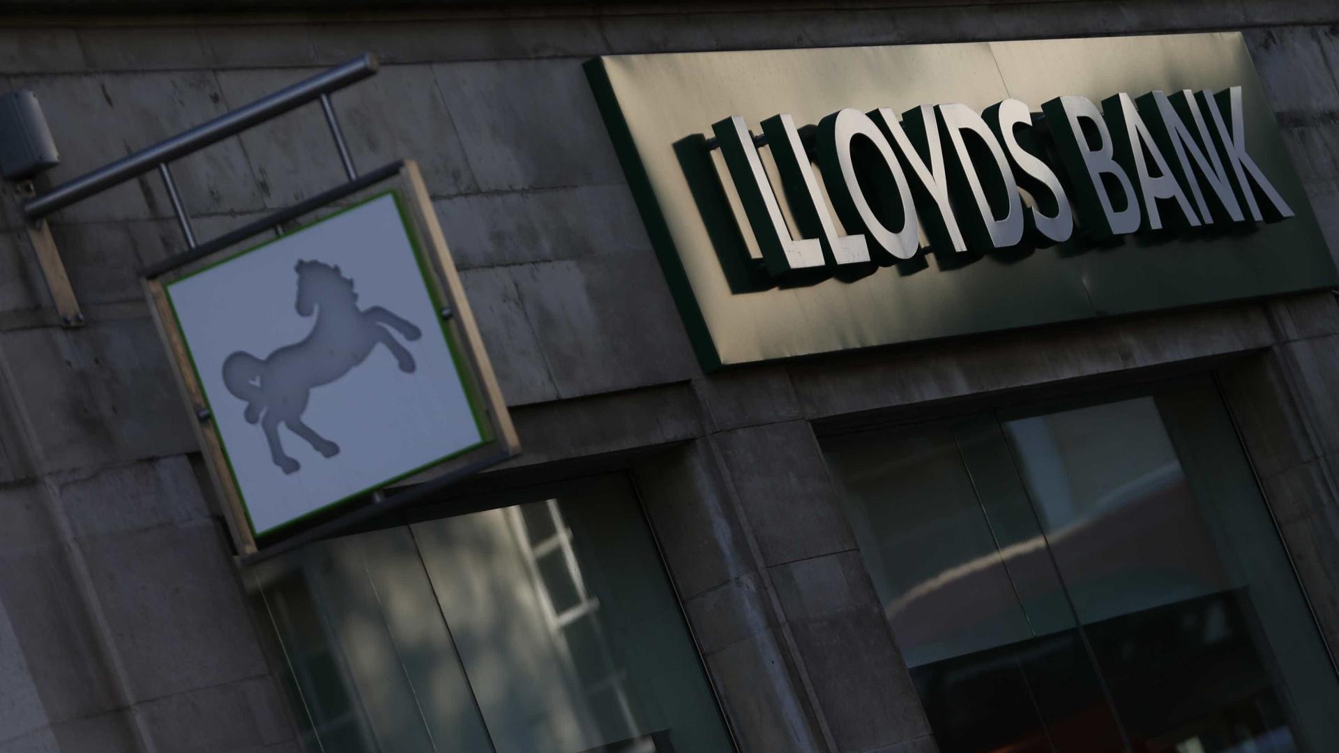 Lloyds Bank devolve totalidade dos 24 mil milhões de ajuda pública