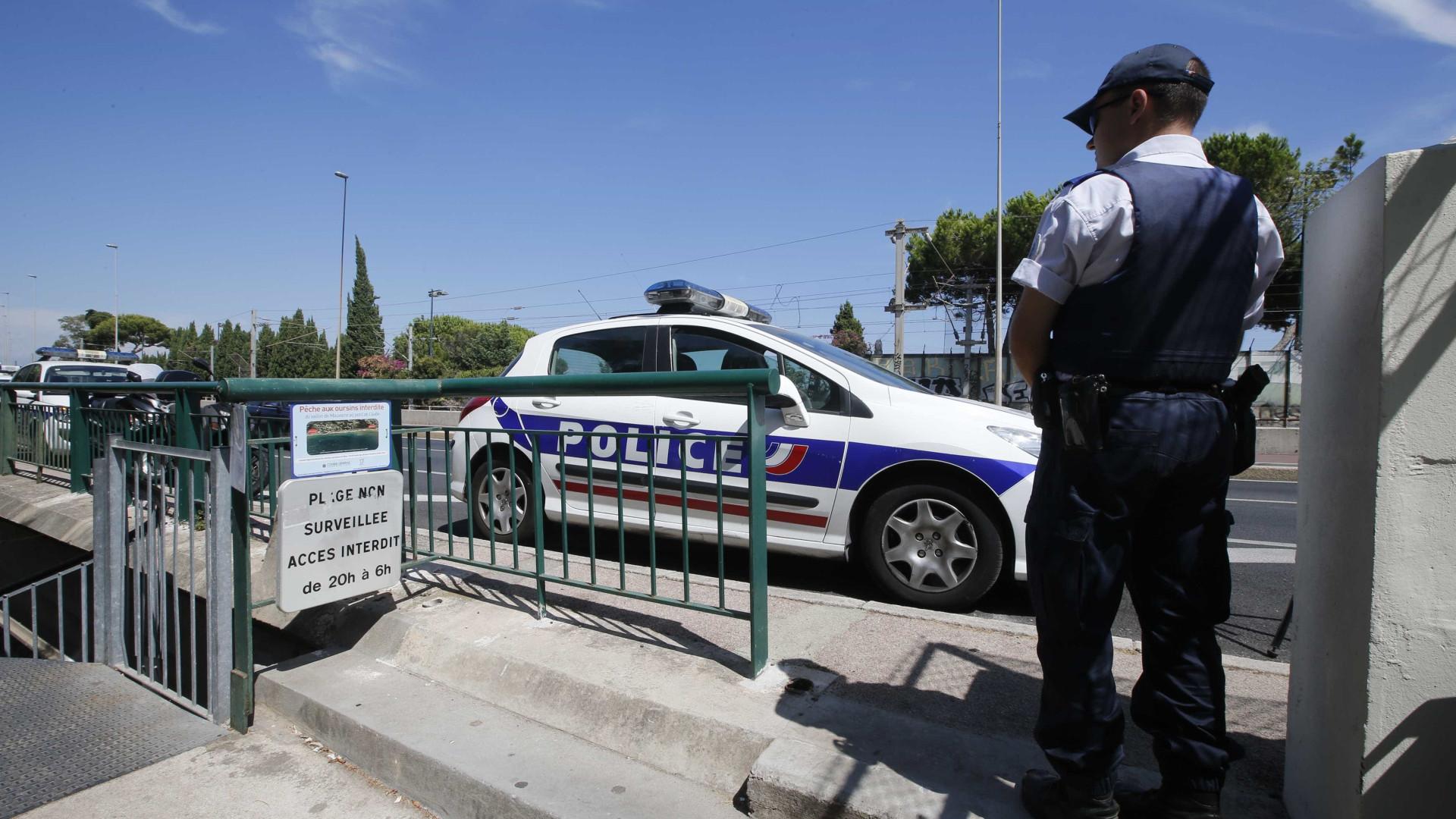 Objeto suspeito lança alerta em escola no sul de França
