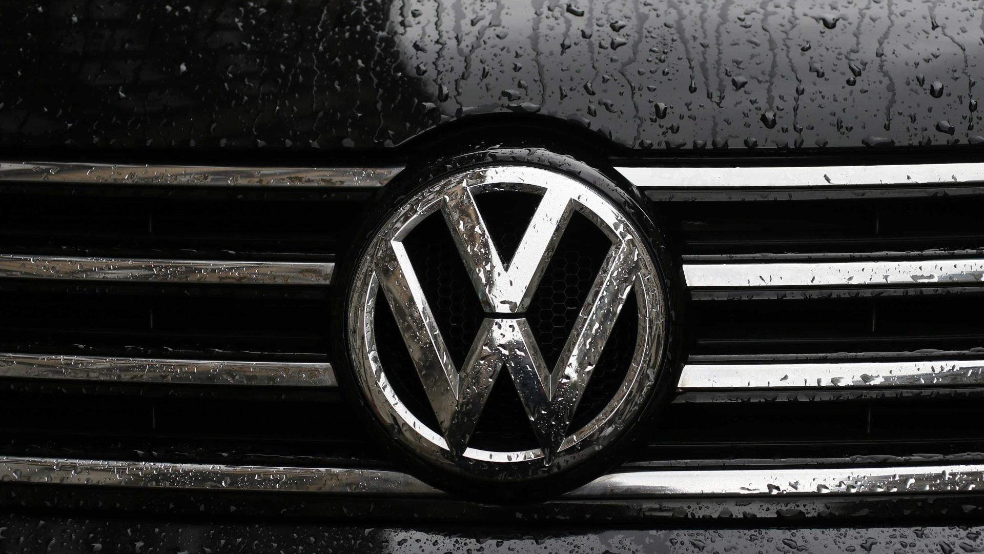 Volkswagen paga 2,8 mil milhões de dólares por emissões poluentes