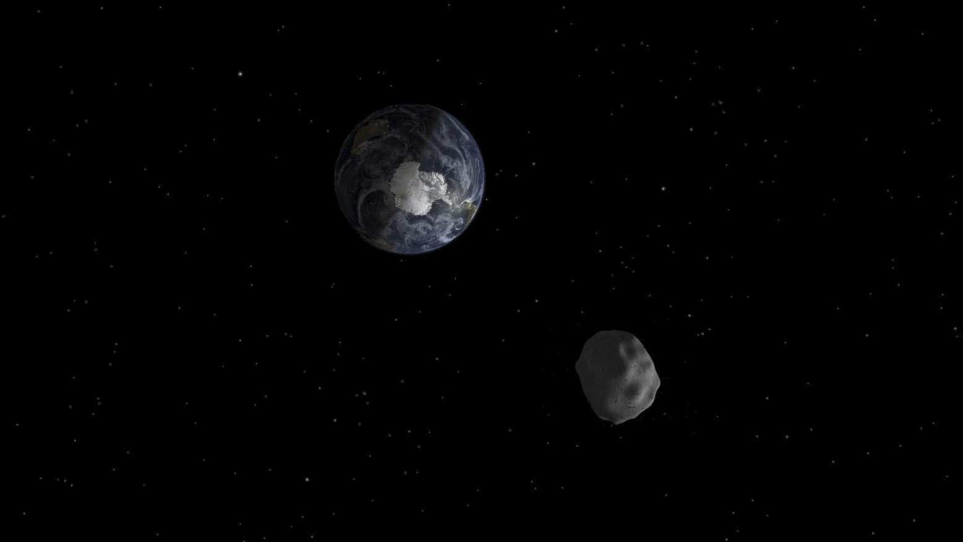 """Asteróide """"potencialmente perigoso"""" aproximou-se da Terra durante a noite"""