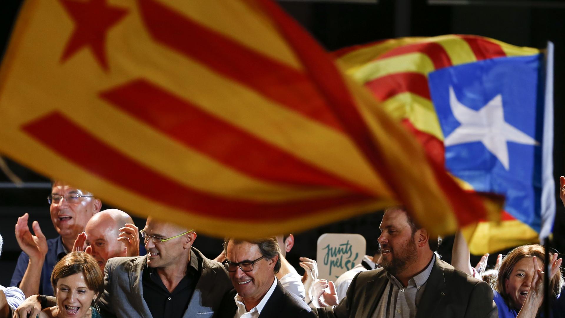 Justiça investiga autarcas por cooperação com referendo da Catalunha