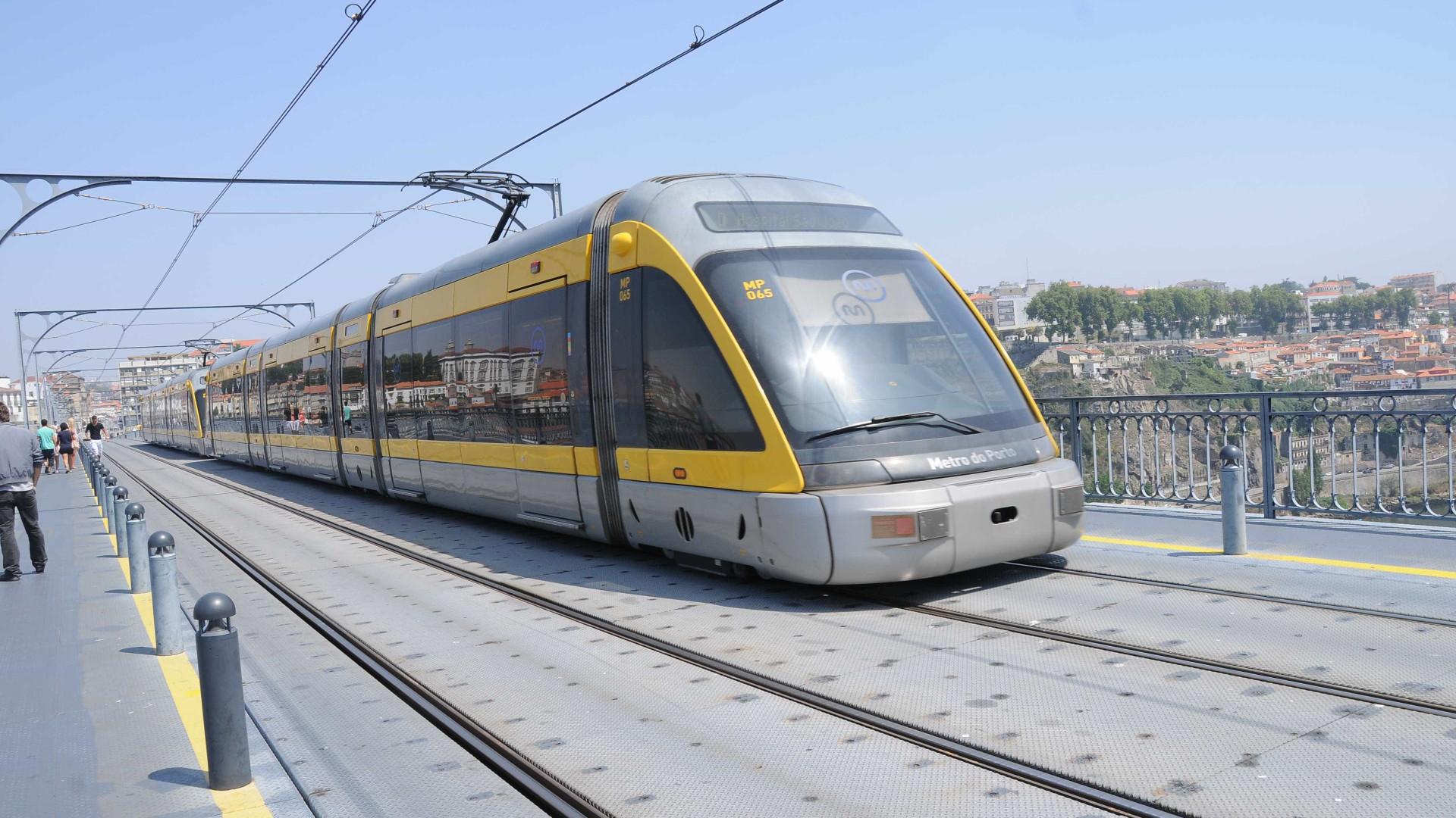 Metro do Porto abalroou camião na Maia