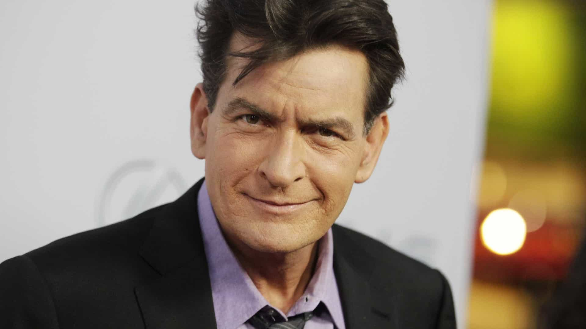 Charlie Sheen acusado de abuso sexual