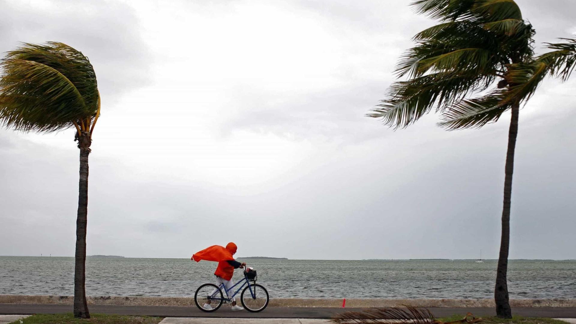 EUA detetam tempestade tropical Don no Atlântico