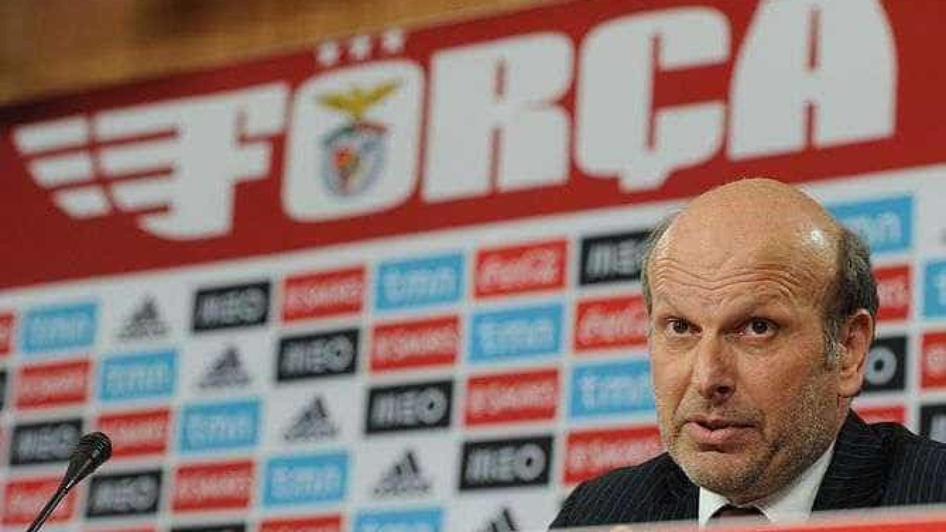 """""""Há quanto tempo Pinto da Costa não recebe um árbitro em casa?"""""""
