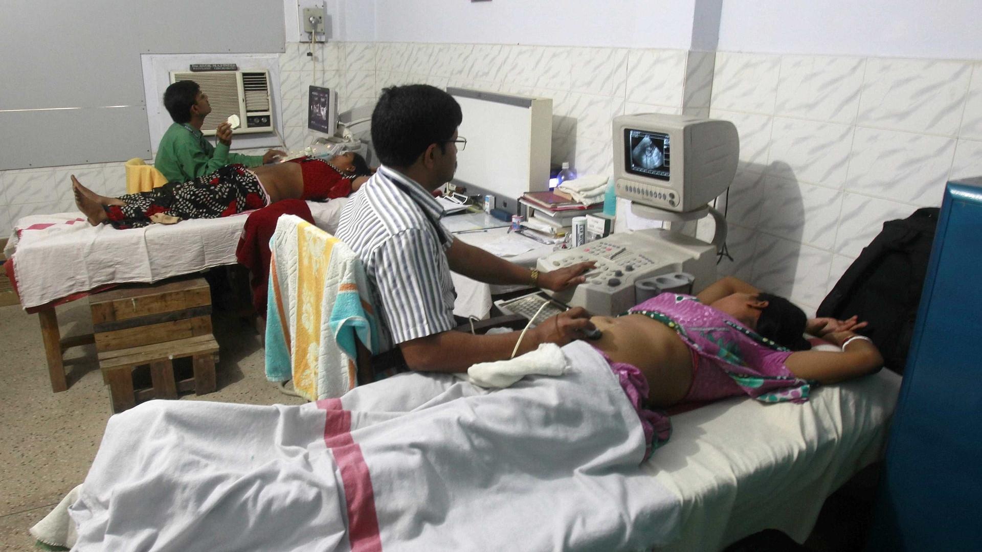 Violência contra grávidas mata um em cada 10 bebés na Índia