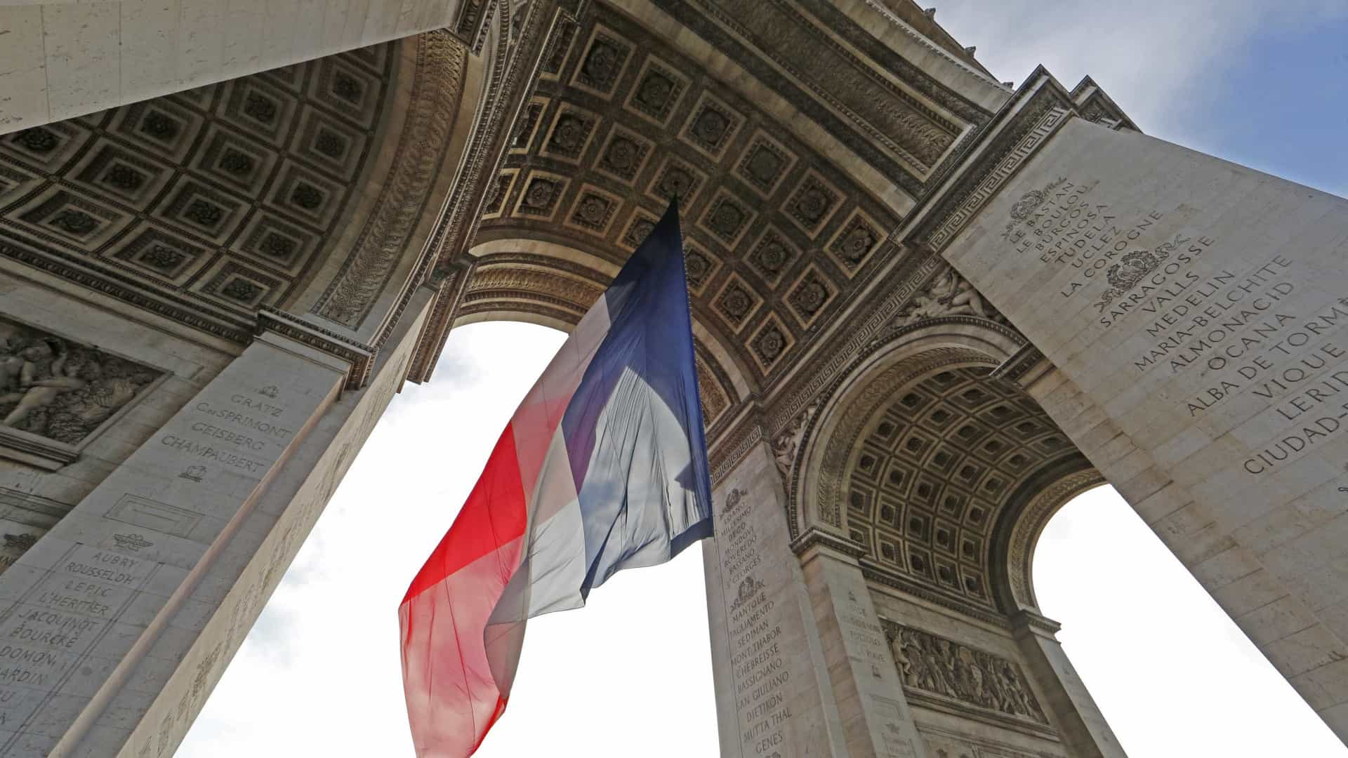 Esquerda francesa lança primárias para as presidenciais de 2017