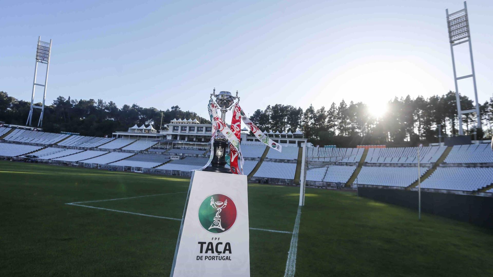 Benfica em Guimarães com a tarefa mais difícil nos 'quartos' da Taça