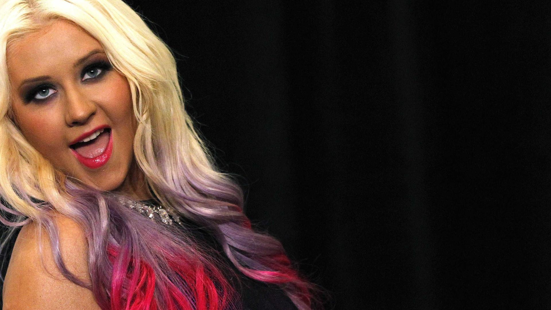 Christina Aguilera apoia Demi Lovato