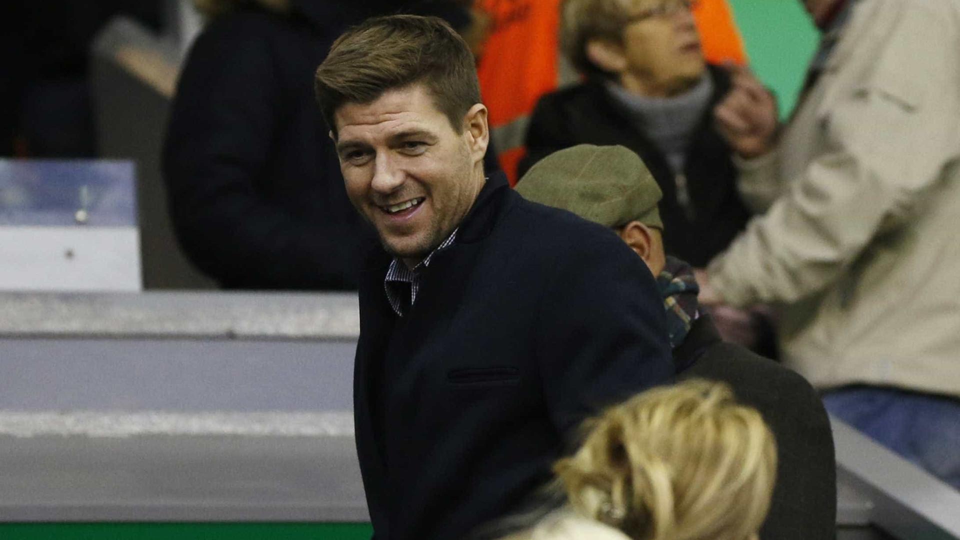 Gerrard confirmou (sem querer) que um jogador do Liverpool está de saída